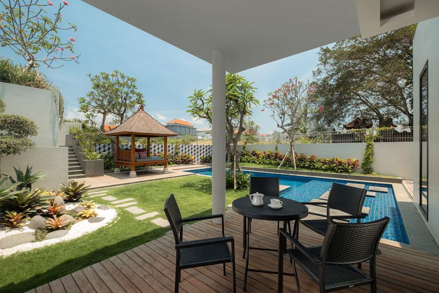 manhattan-in-canggu-semi-outdoor-living